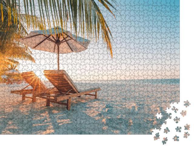 """Puzzle 1000 Teile """"Wunderschönes Strandparadies mit weißem Sand im Sonnenuntergang"""""""