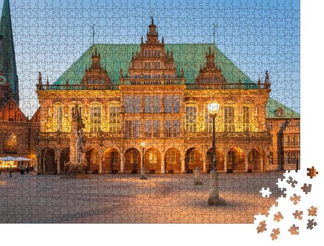 """Puzzle 1000 Teile """"Abendlich beleuchtetes Rathaus der Stadt Bremen, Deutschland"""""""