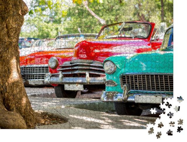 """Puzzle 1000 Teile """"Klassische Oldtimer in Havanna, Kuba"""""""
