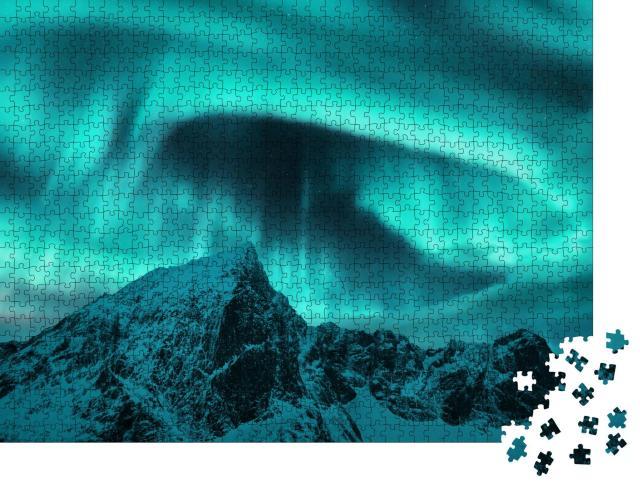 """Puzzle 1000 Teile """"Polarlicht über den Berggipfeln der Lofoten, Norwegen"""""""