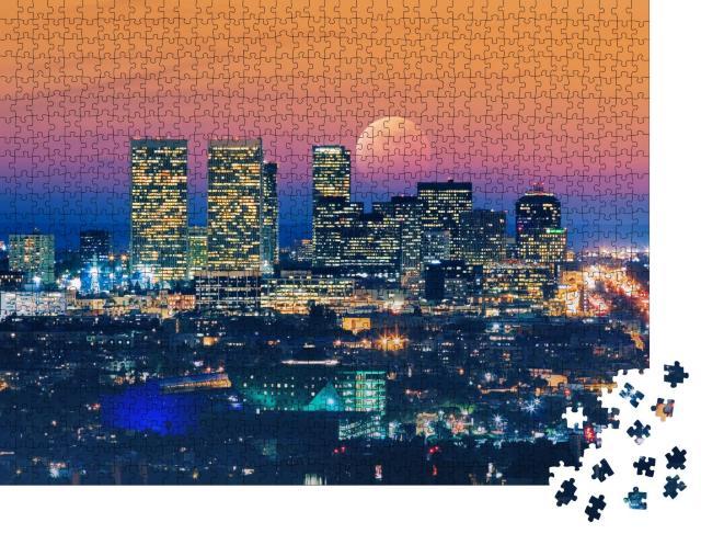 """Puzzle 1000 Teile """"Vollmond über Los Angeles auf, im Hintergrund der pazifische Ozean"""""""