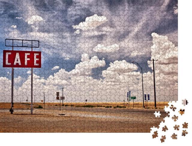 """Puzzle 1000 Teile """"Cafe-Schild entlang der historischen Route 66 in Texas"""""""