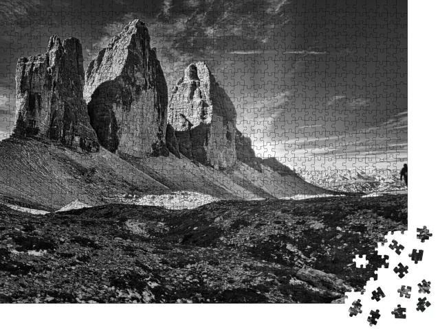 """Puzzle 1000 Teile """"Drei Zinnen, Sextener Dolomiten, schwarz-weiß"""""""