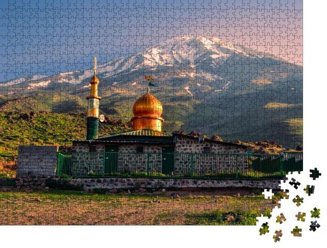 """Puzzle 1000 Teile """"Moschee unterhalb des Vulkans Damavand, Iran"""""""