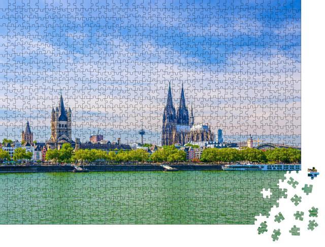 """Puzzle 1000 Teile """"Stadtzentrum mit Kölner Dom St. Peter am Rheinufer, Deutschland"""""""