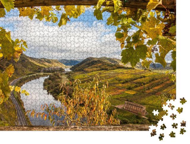 """Puzzle 1000 Teile """"Goldene Weinberge: Mosel bei Herbst, Deutschland"""""""