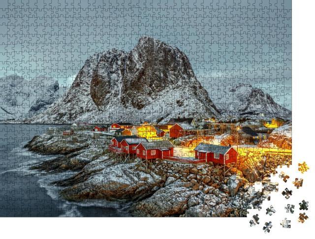 """Puzzle 1000 Teile """"Fischerhütte bei Sonnenuntergang, Panorama von den Lofoten, Norwegen"""""""