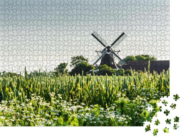 """Puzzle 1000 Teile """"Auf dem Land: Mühle in Ostfriesland, Niedersachsen"""""""