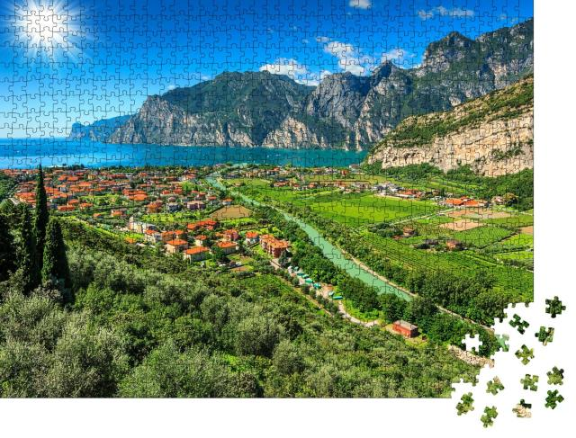 """Puzzle 1000 Teile """"Sonniger Tag am Gardasee, Italien"""""""