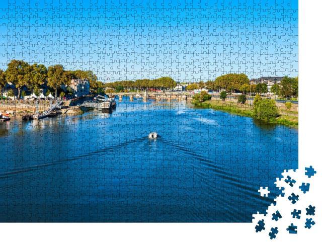"""Puzzle 1000 Teile """"Die Loire bei Angers im Westen Frankreichs"""""""