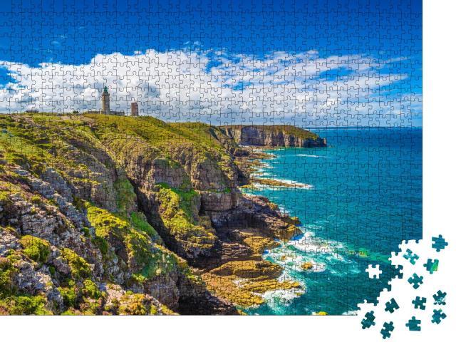"""Puzzle 1000 Teile """"Küste mit Leuchtturm: Halbinsel Cap Frehel in der Bretagne, Frankreich"""""""