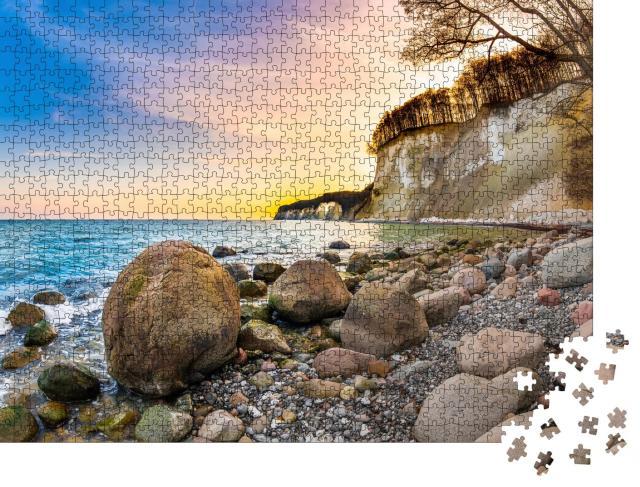 """Puzzle 1000 Teile """"Sonnenuntergang über den Kalksteinfelsen auf Rügen"""""""