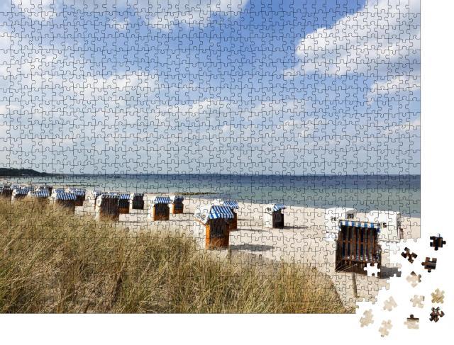 """Puzzle 1000 Teile """"Strandkörbe am Timmendorfer Strand an der deutschen Ostseeküste"""""""