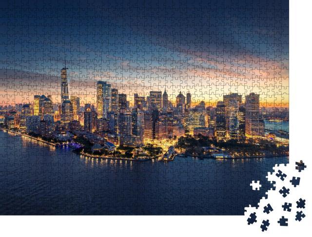 """Puzzle 1000 Teile """"Skyline von New York im Sonnenaufgang, New York, USA"""""""