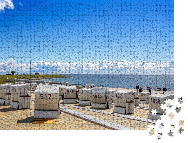 """Puzzle 1000 Teile """"Strandkörbe in Büsum, Nordsee, Deutschland"""""""