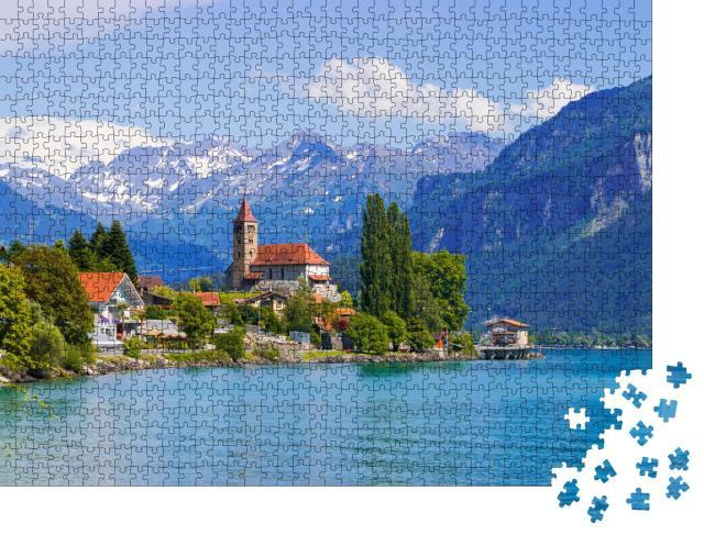 """Puzzle 1000 Teile """"Stadt Brienz am Brienzersee vor den Alpen, Interlaken, Schweiz"""""""