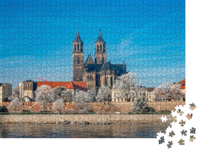 """Puzzle 1000 Teile """"Innenstadt von Magdeburg an einem Wintertag, Deutschlande"""""""