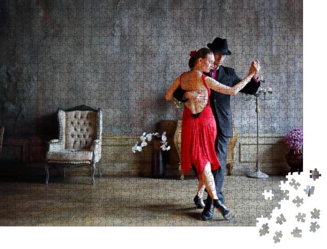 """Puzzle 1000 Teile """"Tango im roten Kleid und schwarzen Anzug"""""""