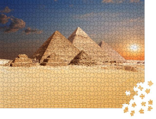 """Puzzle 1000 Teile """"Berühmte ägyptische Pyramiden von Gizeh"""""""