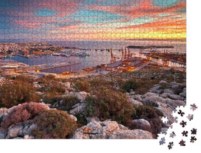 """Puzzle 1000 Teile """"Blick auf den Hafen von Piräus in Athen, Griechenland"""""""