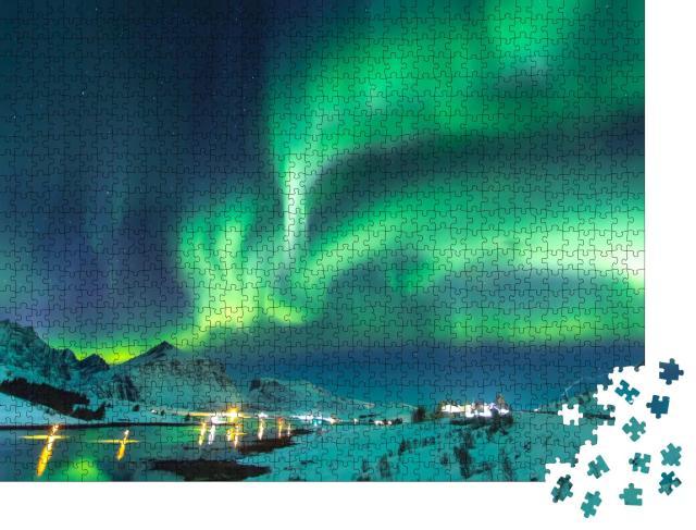 """Puzzle 1000 Teile """"Nordlichter vor der Kulisse der Berge am Meer, Norwegen"""""""