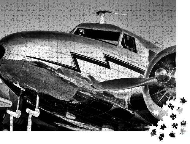 """Puzzle 1000 Teile """"Lockheed Electra aus dem goldenen Zeitalter der Luftfahrt"""""""