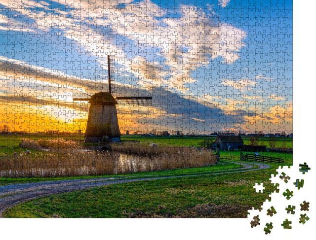 """Puzzle 1000 Teile """"Windmühle im Sonnnuntergang, Niederlande"""""""