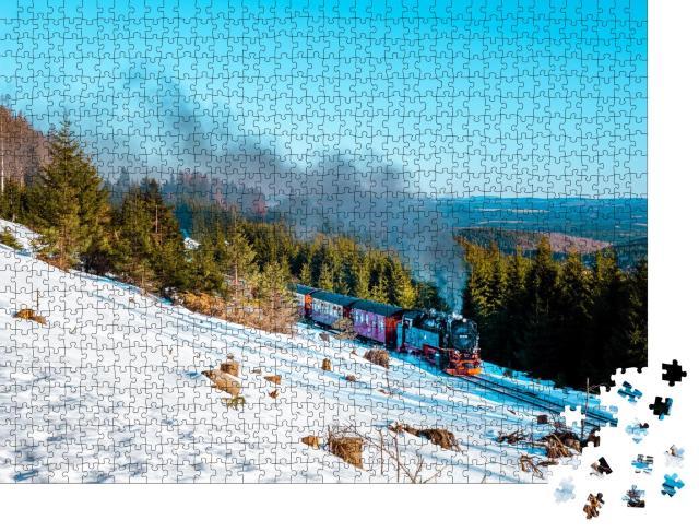 """Puzzle 1000 Teile """"Dampflok im Schnee: Winterlandschaft im Harz, Deutschland"""""""