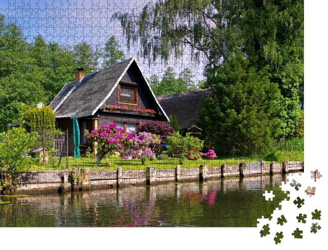 """Puzzle 1000 Teile """"Spreewaldhaus am Wasser, Brandenburg"""""""