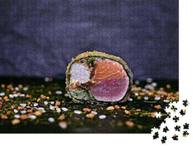 """Puzzle 1000 Teile """"Frittiertes Sushi mit Lachs, Thunfisch und Garnele"""""""