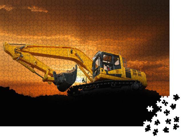 """Puzzle 1000 Teile """"Crawler Bagger auf einer Baustelle bei Sonnenuntergang"""""""