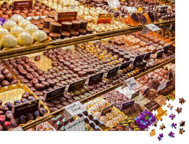 """Puzzle 1000 Teile """"Vielfalt an Schokoladenpralinen auf dem englischen Markt, Irland"""""""