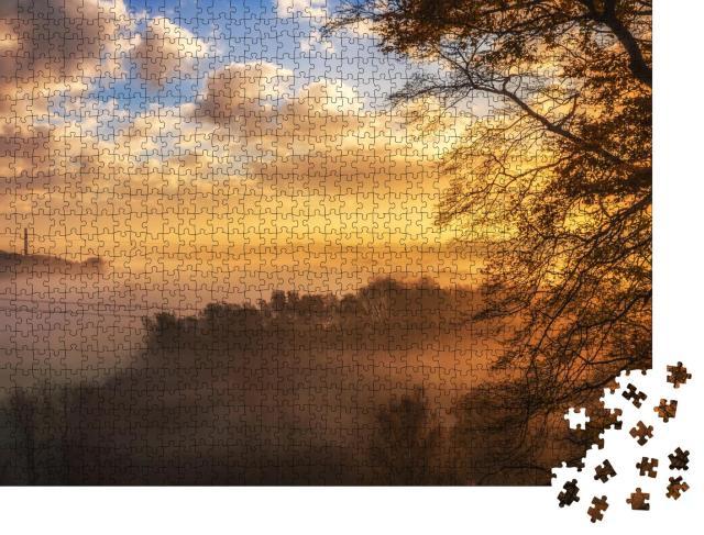 """Puzzle 1000 Teile """"Sonnenaufgang über dem schönen Tal"""""""