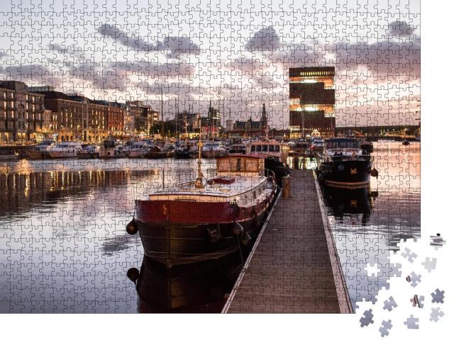 """Puzzle 1000 Teile """"Abendlicher Hafen von Antwerpen, Belgien"""""""