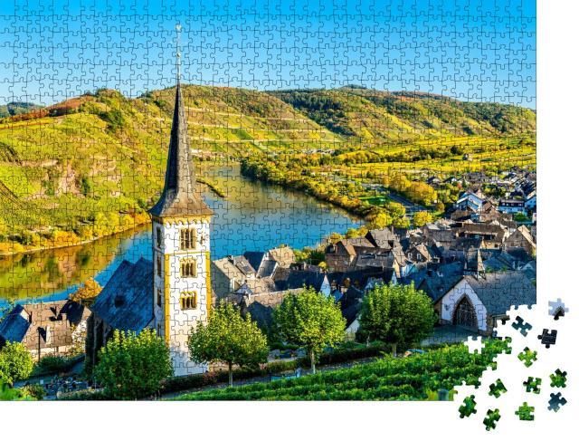 """Puzzle 1000 Teile """"Sankt-Lorenz-Kirche an der Moselschleife, Bremm, Rheinland-Pfalz, Deutschland"""""""