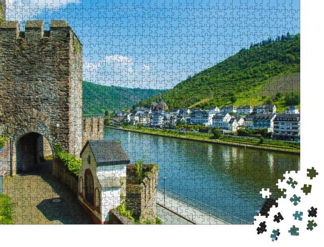 """Puzzle 1000 Teile """"Malerische Stadt Cochem an der Mosel in Rheinland-Pfalz, Deutschland"""""""