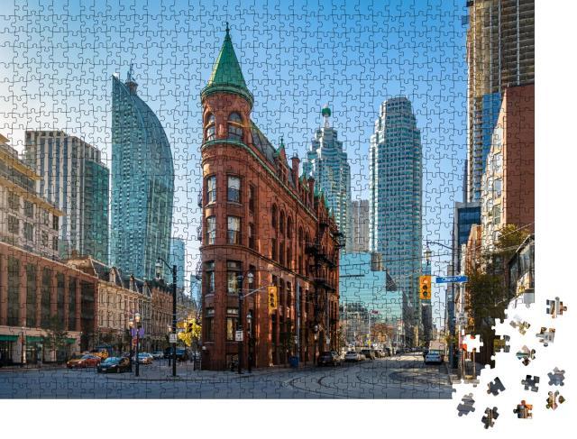 """Puzzle 1000 Teile """"Flatiron Building in der Innenstadt von Toronto, Kanada"""""""