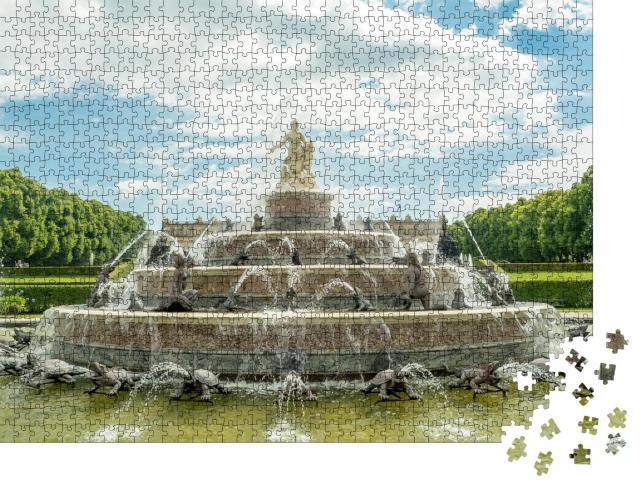 """Puzzle 1000 Teile """"Brunnen am König-Ludwigs-Schloss auf der Herreninsel, Chiemsee, Deutschland"""""""