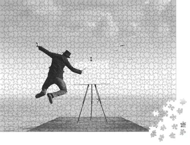 """Puzzle 1000 Teile """"Kunstfotografie: Maler mit Leinwand, schwarz-weiß"""""""