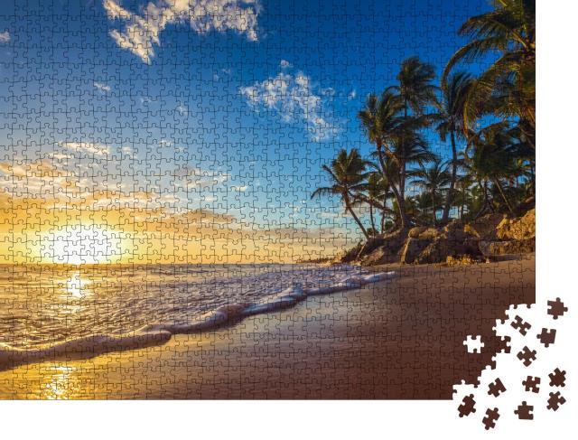 """Puzzle 1000 Teile """"Sonnenaufgang am paradiesischen Strand"""""""