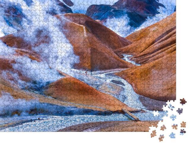 """Puzzle 1000 Teile """"Landschaft am Kerlingafjoll, ein Rauchfeld in Island"""""""