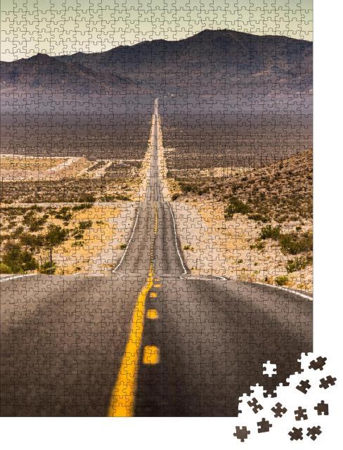 """Puzzle 1000 Teile """"Schier endlos gerade Straße im Staub, Kalifornien, USA"""""""