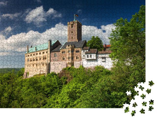"""Puzzle 1000 Teile """"Blick auf die berühmte Wartburg, ein Weltkulturerbe in Thüringen, Deutschland"""""""