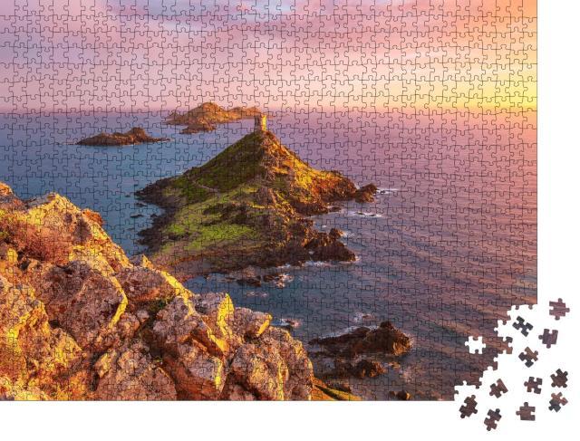 "Puzzle 1000 Teile ""Sonnenuntergang am Torra di a Parata mit dem Genueser Turm, Korsika"""