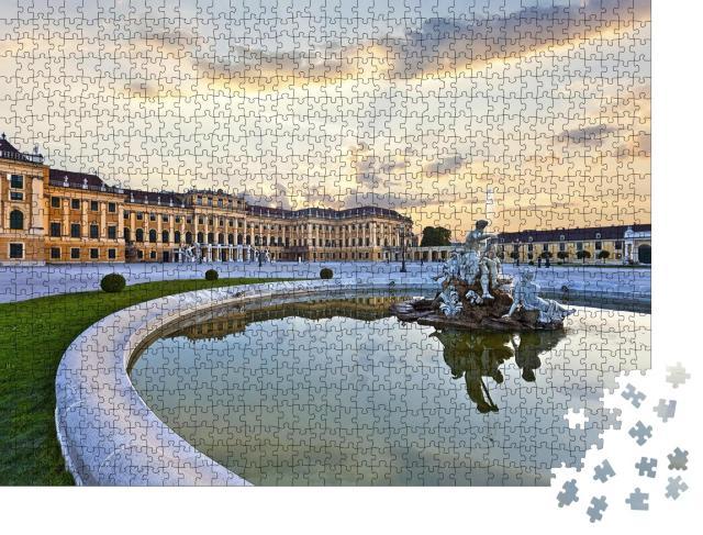 """Puzzle 1000 Teile """"Front des Schlosses Schönbrunn in Wien bei Sonnenuntergang"""""""