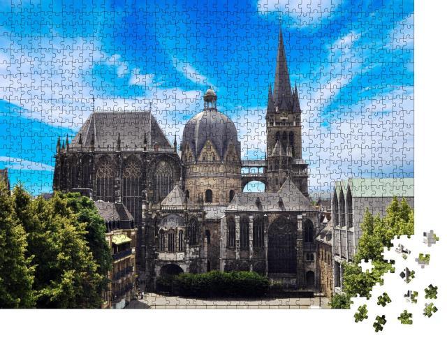 """Puzzle 1000 Teile """"Aachener Dom in Aachen, Deutschland an einem sonnigen Tag"""""""