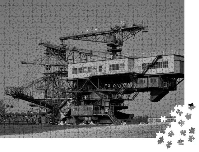 """Puzzle 1000 Teile """"Stillgelegter Braunkohletagebau: Ferropolis"""""""