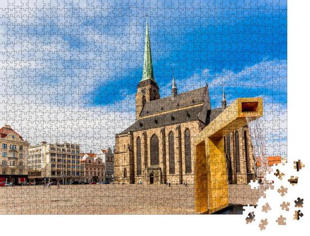 """Puzzle 1000 Teile """"St. Bartholomäus-Kathedrale auf dem Hauptplatz von Pilsen, Tschechische Republik"""""""