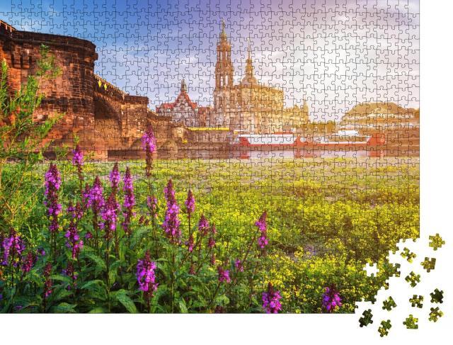 """Puzzle 1000 Teile """"Dresdner Stadtsilhouette mit Elbe und Augustusbrücke, Deutschland"""""""