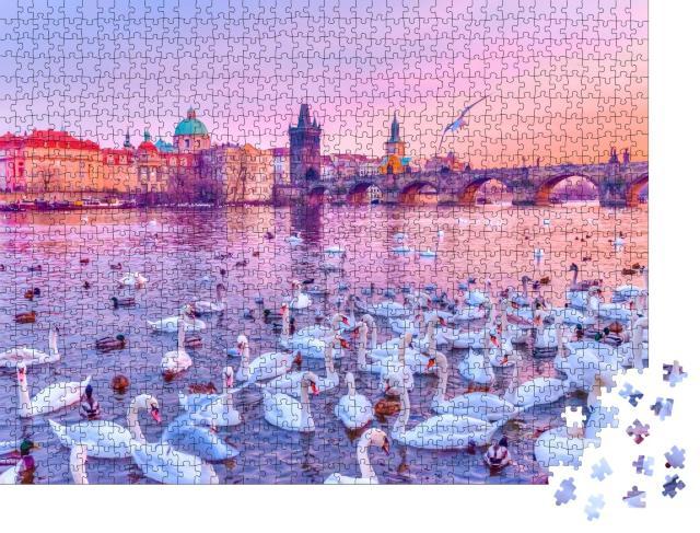 """Puzzle 1000 Teile """"Schwände auf der Moldau, Sonnenuntergang in Prag"""""""